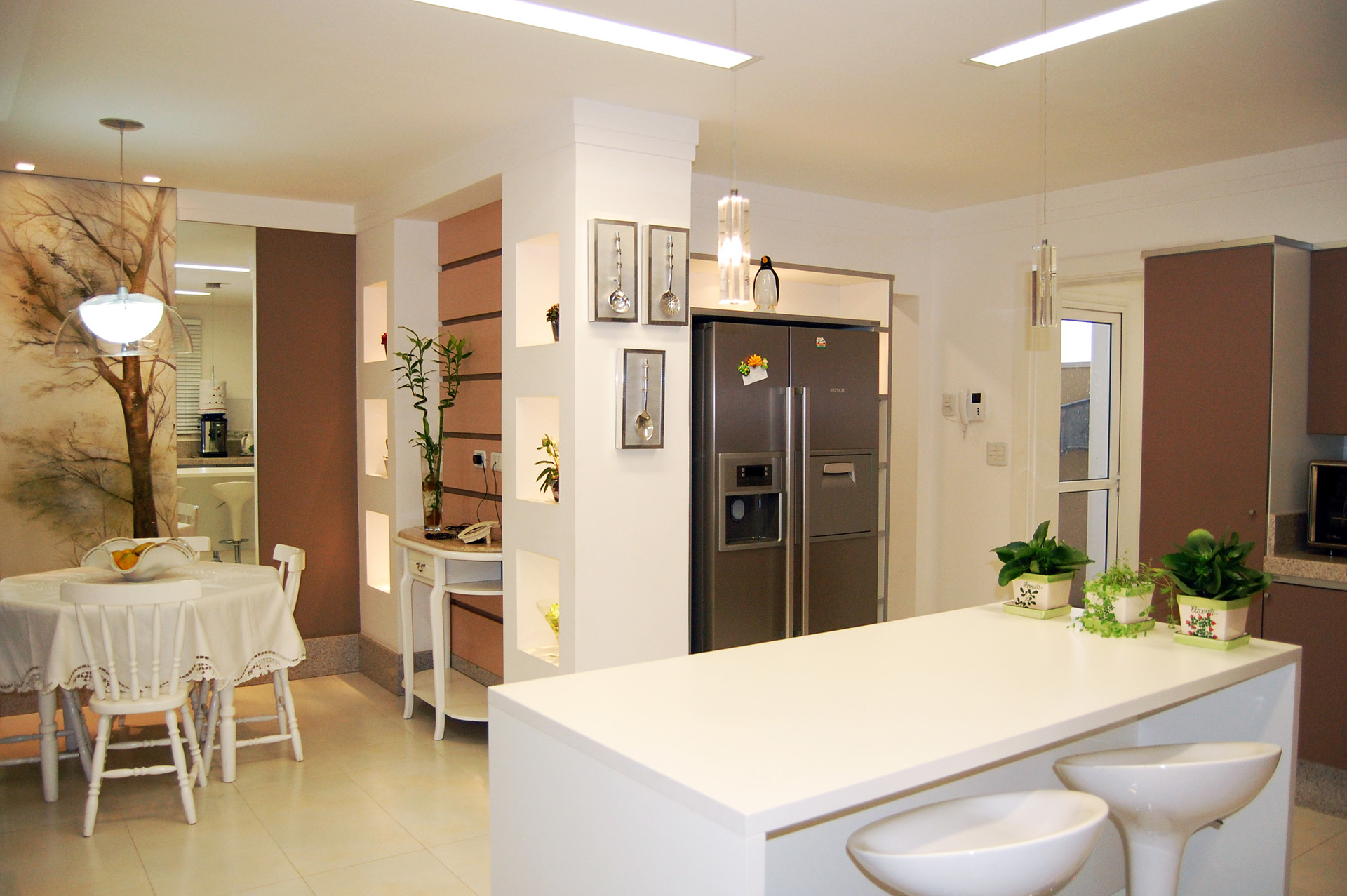 Best kitchen paint colors pacific cabinets for Kitchen cabinets 90808